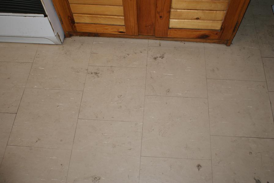 Do-czyszczenia-podłogi-dobry-środek-ultranet-ekosol-najepsze-detergenty-super-okazja-dobry-środek-